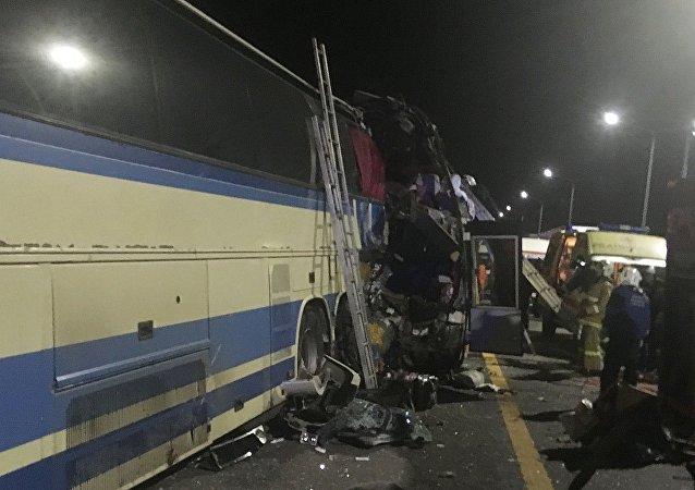 沃罗涅日州两辆客车相撞致死亡人数升至5人 20人受伤