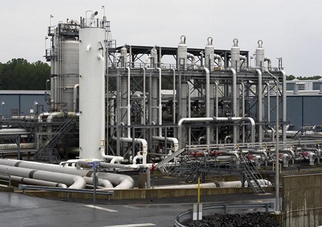 美国将于2019年决定液化天然气出口领域的13个大项目的命运