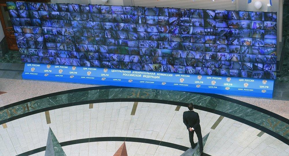 俄中选委主席称其获得普京的支持对选举制度进行整治
