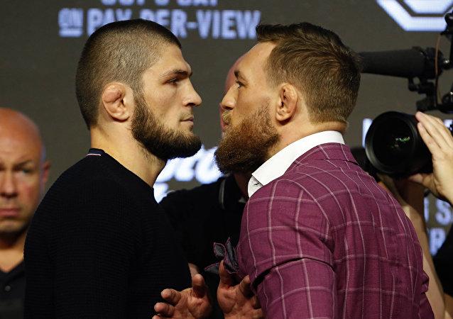 俄拳击选手哈比比战胜伊朗选手麦戈雷格卫冕UFC冠军