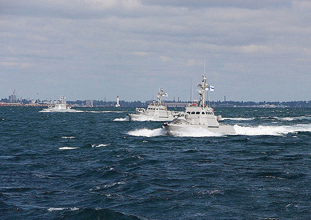 三艘乌克兰军舰越境进入俄国水域并驶向刻赤海峽