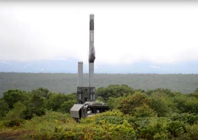 '缟玛瑙'巡航导弹