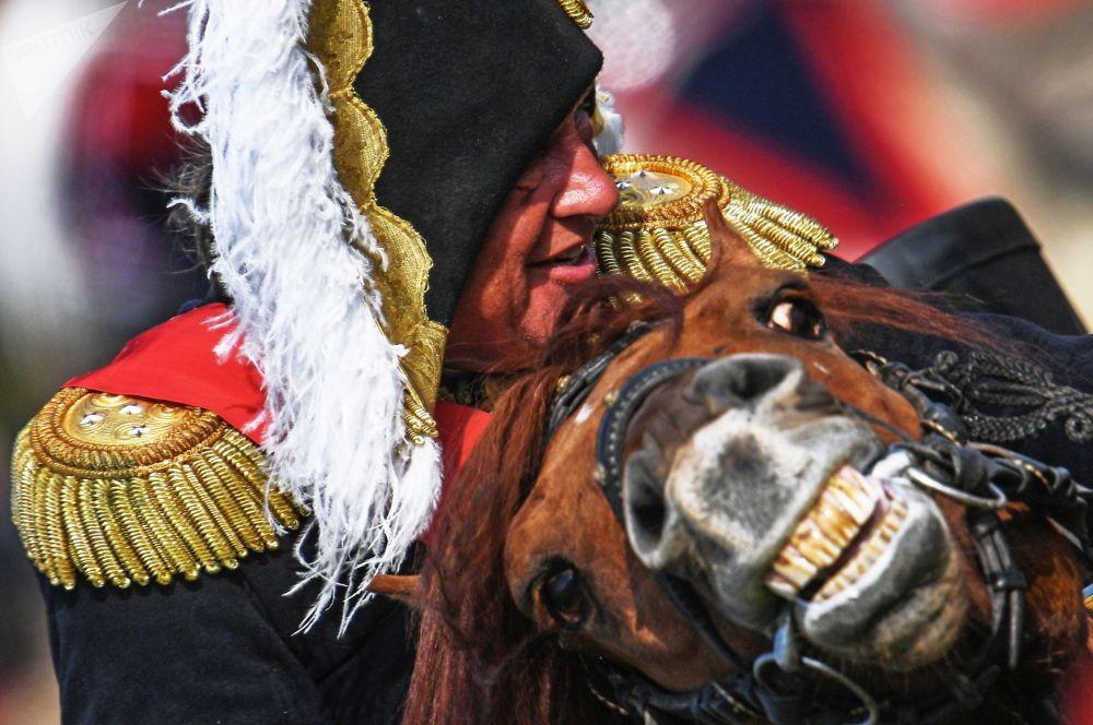 俄罗斯举行活动在莫斯科州重现博罗季诺战役