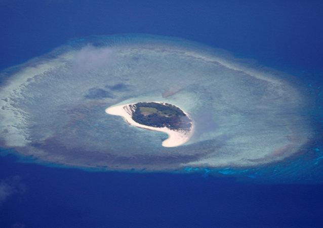 美国等域外势力在南海问题上挑拨离间的做法只会扰乱南海局势
