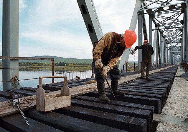 俄犹太自治州:通往中国的铁路桥开通后获得发展工业生产动力