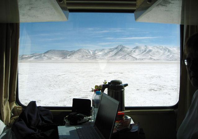 青藏铁路将迎来首批女火车司机