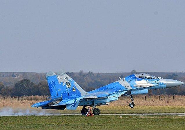 """乌克兰的苏-27战斗机在""""晴空-2018""""联合空中演习"""