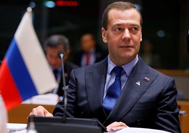 俄德总理讨论经济与能源合作