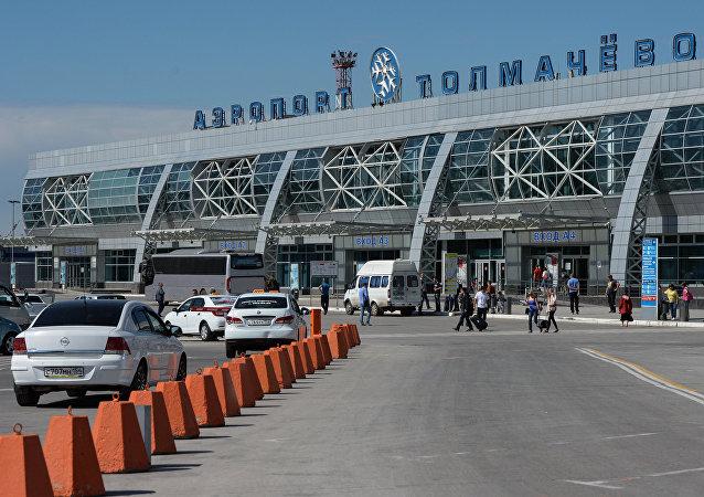 俄新西伯利亚市托尔马乔沃机场