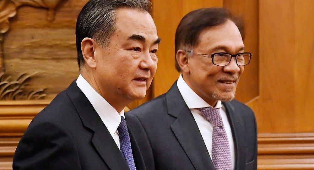 中国与马来西亚构建透明与务实关系
