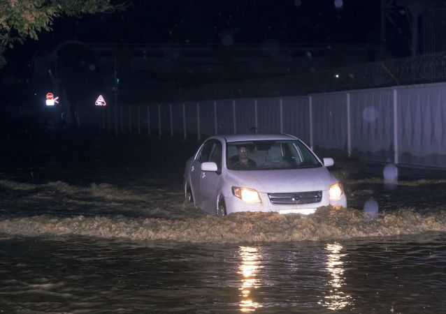 俄克拉斯诺达尔边疆区洪水和滑坡造成60人受伤 两人生死未卜