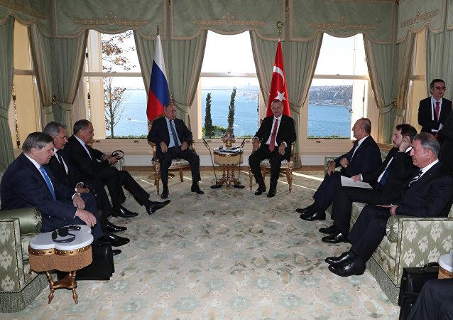 普京结束了与埃尔多安在伊斯坦布尔的会谈