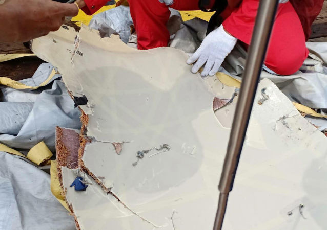 Предположительные обломки самолета авиакомпании Lion Air flight JT610, упавшего в море
