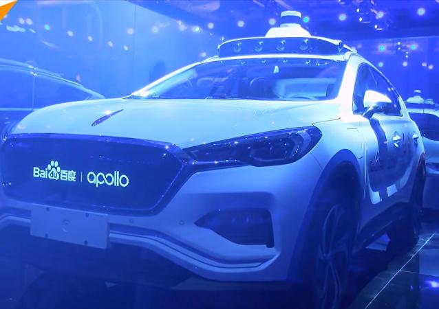 """百度推出L4级自动驾驶汽车 发布AI城市""""ACE 王牌计划"""""""