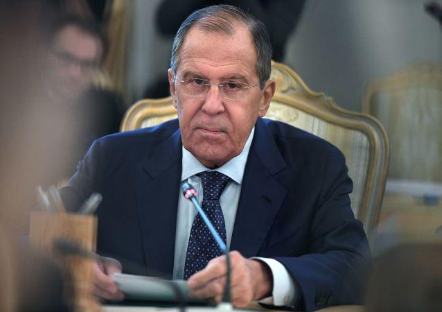 俄外长:美国有意取消国际军备限制令俄深感不安