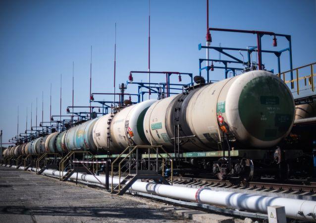俄直投基金:将与合作伙伴投资俄铁路公司
