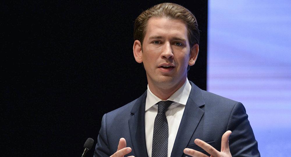 奥地利总理:间谍丑闻不会改善欧俄关系 但保持对话很重要