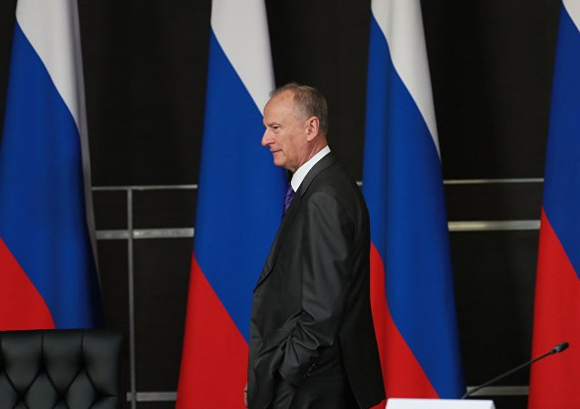 俄安全会议秘书:西方需要纳瓦利内来破坏俄局势稳定