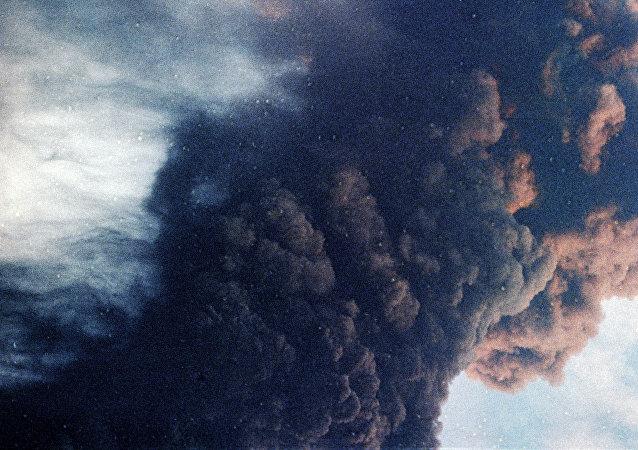 华媒:新西兰通报火山喷发应急情况 死伤者中有2名中国人