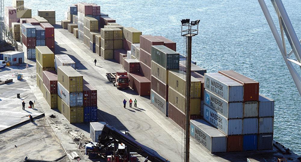 Работа грузового контейнерного терминала