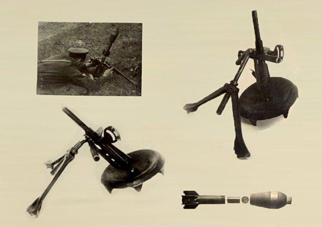 1941-1943年产的82毫米口径无声无火焰迫击炮