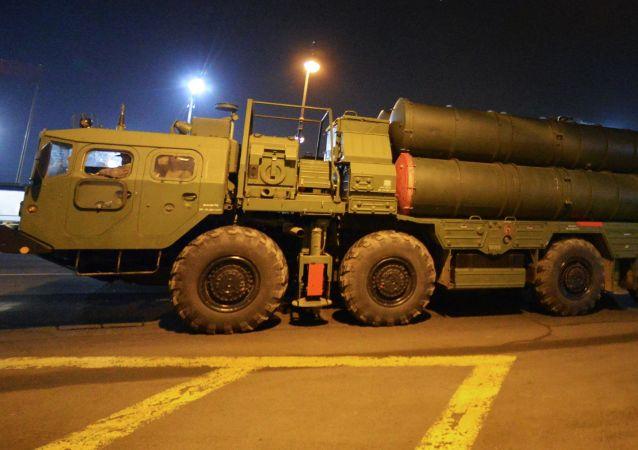 """德媒:先进技术和政治色彩使俄S-400系统成为全球武器市场""""爆款"""""""