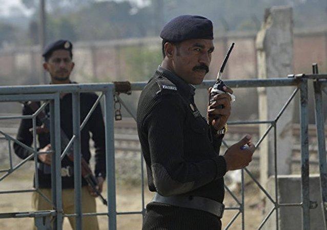 巴基斯坦警方在卡拉奇逮捕参与袭击证券交易所的恐怖分子