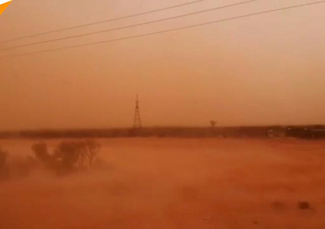 沙尘暴来袭澳大利亚东南部现橙色天空