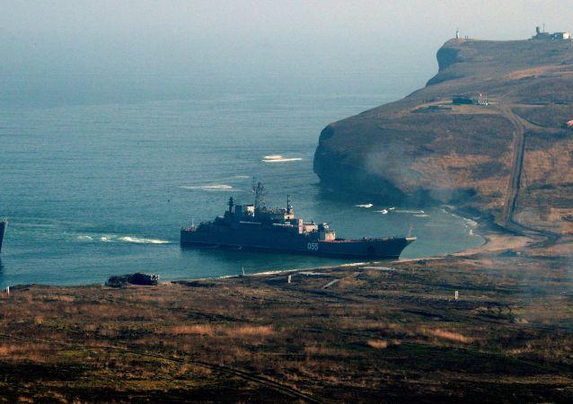 俄太平洋舰队海军陆战旅今年最大规模演习在勘察加半岛结束