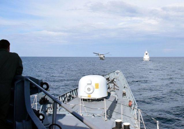 乌克兰和美国海军在黑海进行联合训练