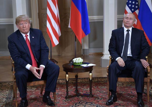 """《华尔街日报》称俄罗斯总统为""""弗拉基米尔·特朗普"""""""