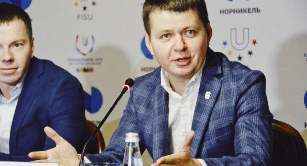 马克西姆·乌拉佐夫