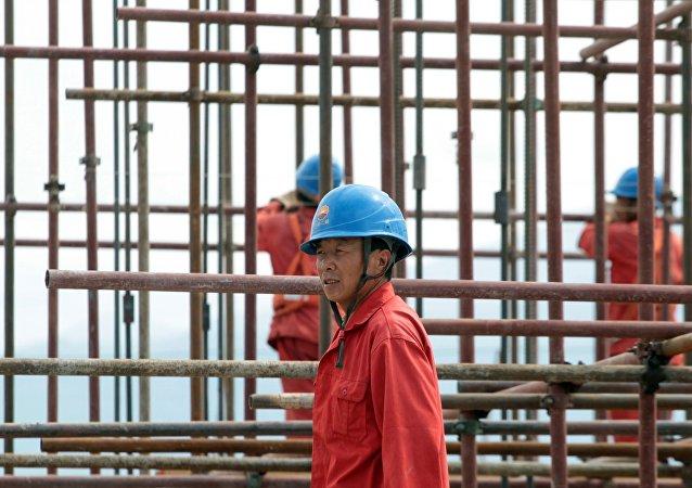 媒体:美国用自己的石油充斥中国市场