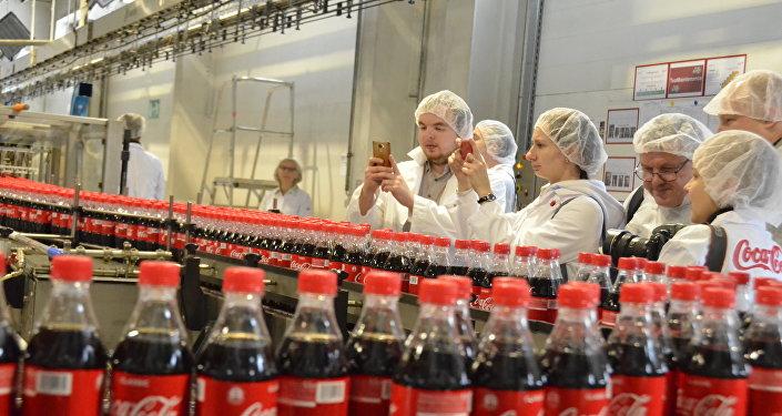 可口可乐工厂媒体行参与者