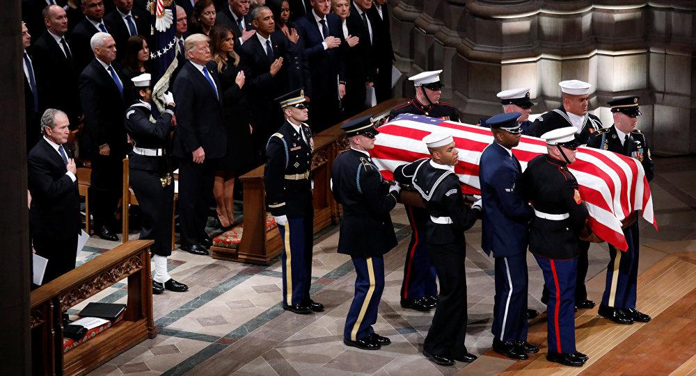 特朗普没有在老布什的葬礼上致悼词