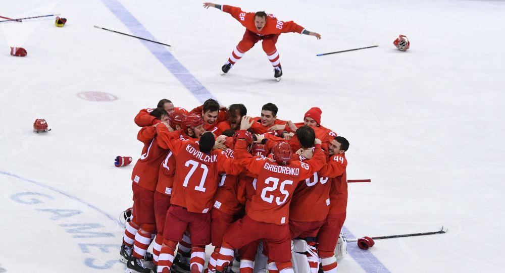 俄罗斯冰球选手在世界冰球锦标赛第一阶段大获全胜