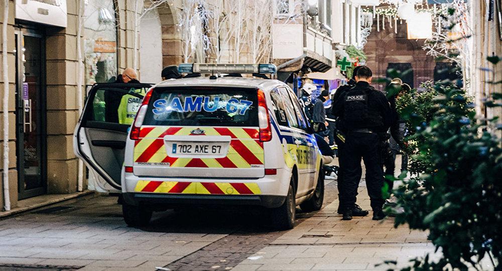 法国内政部长:已出动720名执法人员搜捕斯特拉斯堡枪案嫌犯