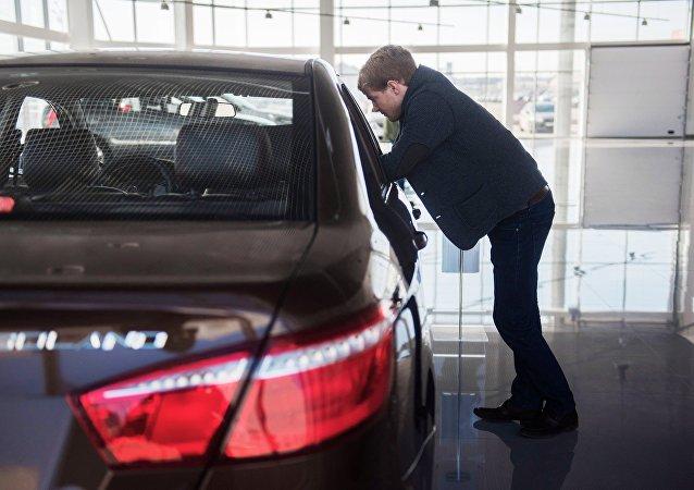 力帆因蓄电池问题在俄召回近2000辆汽车