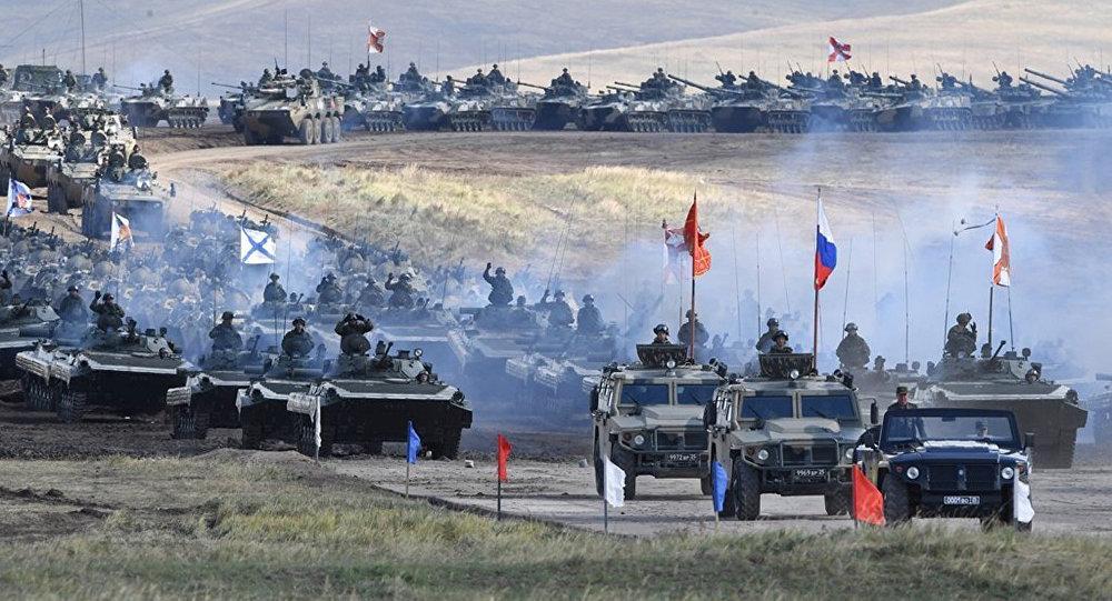 """俄蒙""""色楞格-2018""""演习将首次举行坦克两项比赛"""