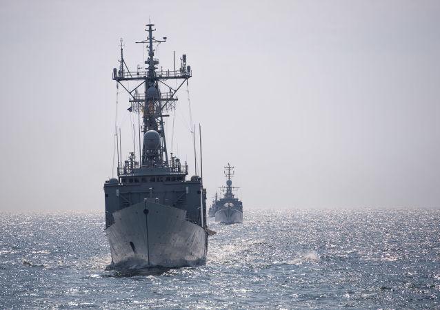 北约船舰驶入黑海(资料图片)