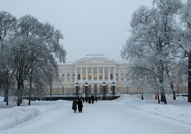 """俄罗斯博物馆一幅画作下发现""""遗失的""""普希金肖像"""