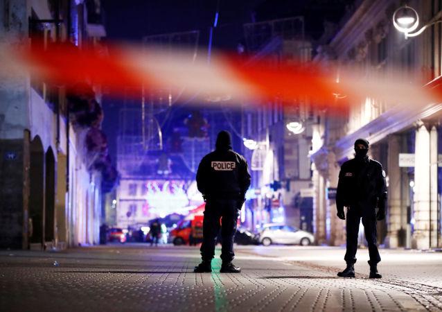 媒体: 在斯特拉斯堡枪手闪存中发现其宣誓效忠伊斯兰国的视频