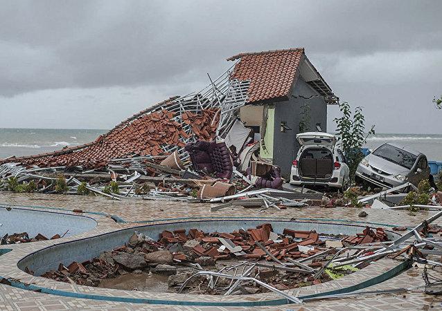 媒体:印尼海啸的遇难者人数增至281人