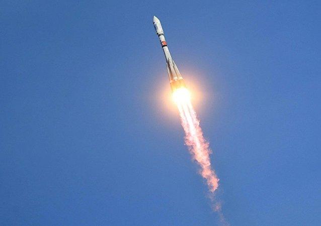 俄国防部:俄7月份将可对其它航天器开展检查的交警卫星送入太空