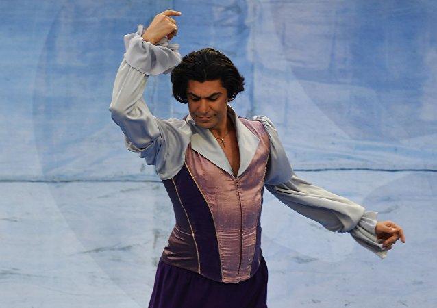 俄罗斯瓦加诺娃芭蕾舞学院院长尼古拉·茨斯卡利泽