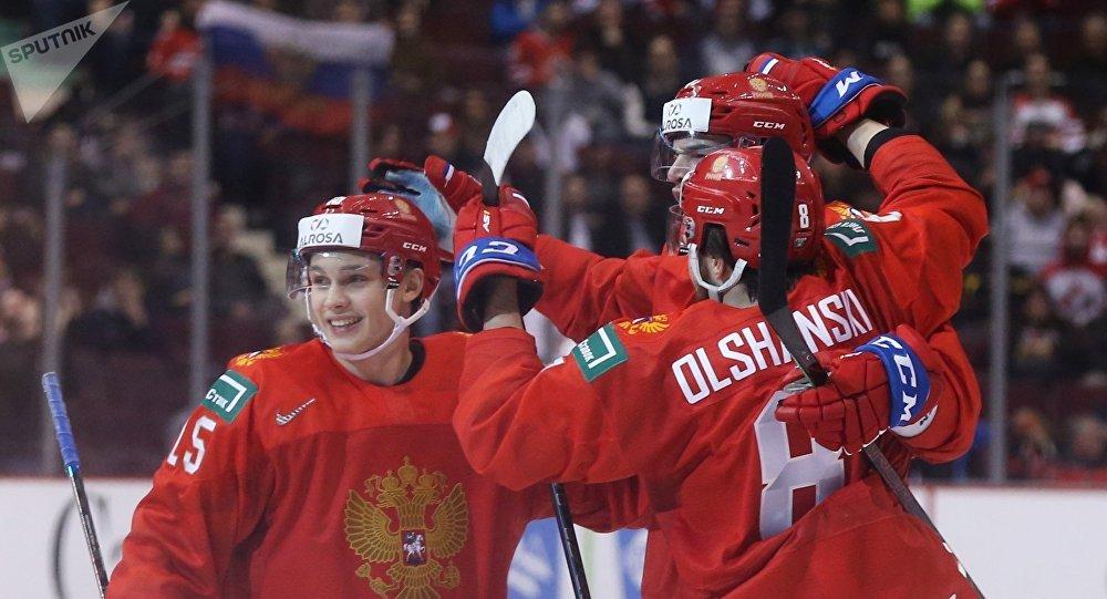 俄罗斯击败斯洛伐克晋级U20冰球世锦赛半决赛