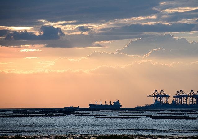 华媒:福建平潭海域发生商渔船碰撞事故造成8人失踪