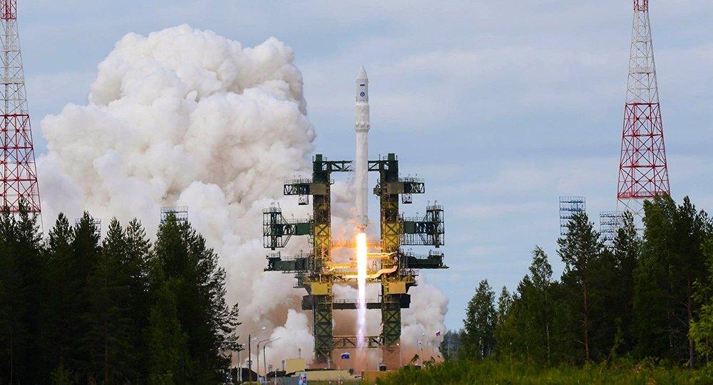 俄航天集团称2023年将至少生产四枚安加拉号重型运载火箭