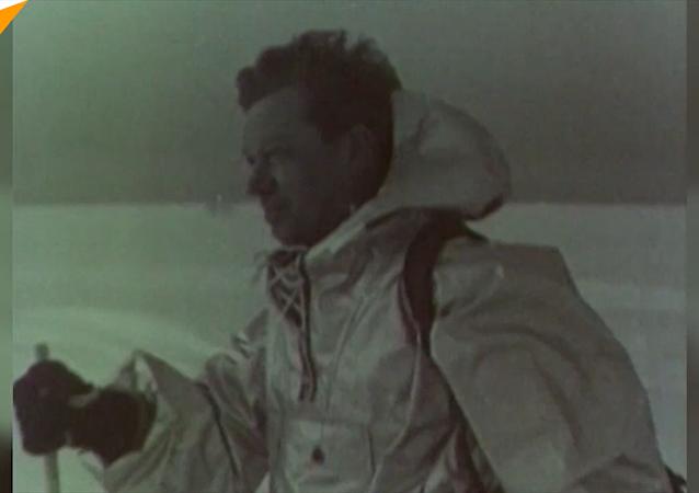 首次南极探险