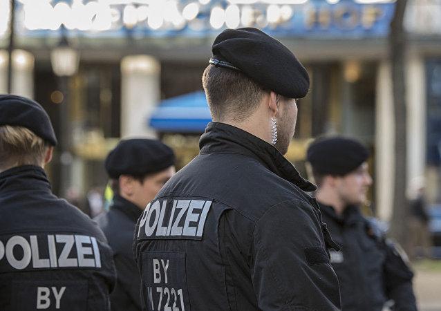 一男子在德国火车站持刀杀人